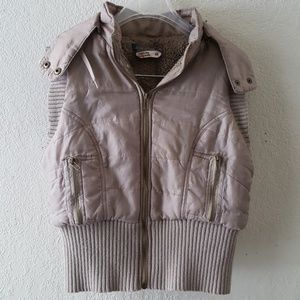 Free people puffer vest with flaws please see pics